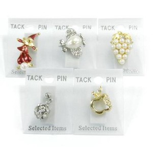 Casual Taste pin Brooch Assort