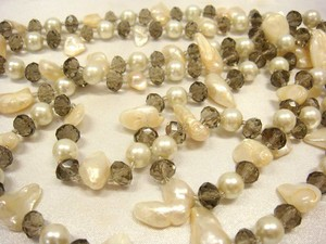 Duplicate Deformation Freshwater Pearl Necklace 3 Colors