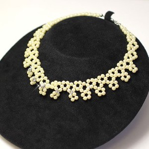 Selling Rhinestone Yellow Pearl Choker Pearl Necklace