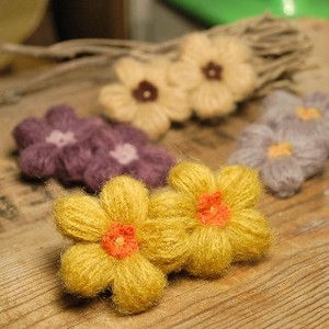 Hand Knitting Knitted Flower Hair Clip 4 Colors Retro