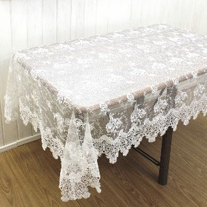 Lace Tablecloth Rose Crest