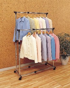 Metal Pipe Clothes Hanger