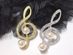 Rhinestone Treble Clef Brooch Pearl Attached Music Series