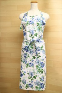 Rose Apron Neck Type