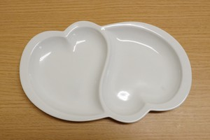 Arita Ware White Porcelains Heart Partition Plate