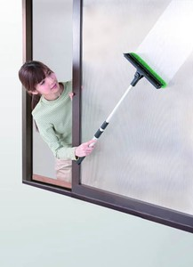 Screen Door Glass Cleaner