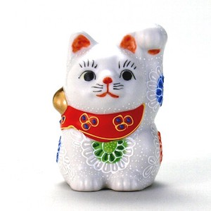 KUTANI Ware Size 5 Welcoming Cat Ornament