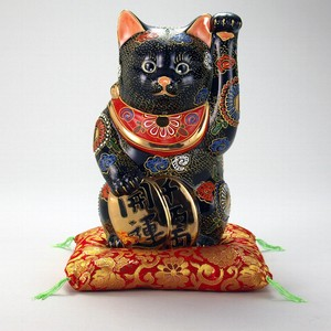 KUTANI Ware Size 7 Koban Welcoming Cat Duvet Ornament