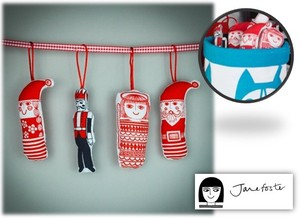 【 MAKE INTERNATIONAL】 JANE FOSTER Small Sewing Kit Christmas Ornaments