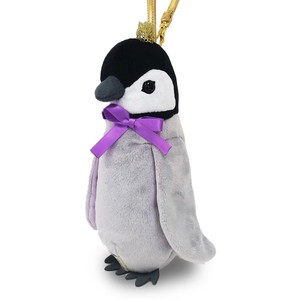 Crown Pouch Baby Penguin / A plush zipper-back penguin-shaped pouch