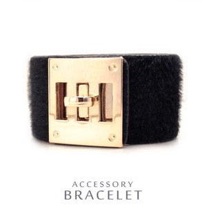 MAGGIO Wide Harako Leather Bracelet Sophistication Women