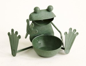 Tinplate Frog Frog Sitting Ornament