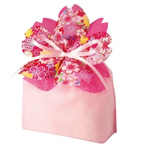 Petal Pouch Package