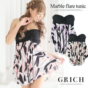 Bust Flower Lace Switch Marble Flare Tunic
