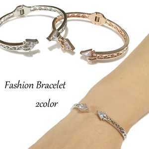 Clear Stone Attached Design Bangle Bracelet