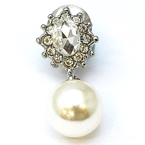 Glitter pin Brooch Pearl Crystal Fashion Accessory Gift