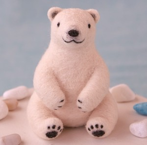 Picture Book Polar Bear Wool DIY Kit