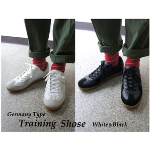 Germany Type Training Shoes 2 Colors