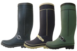 Belt Attached Fashion Rain Boots