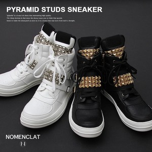 Pyramid Studs High-top Sneaker