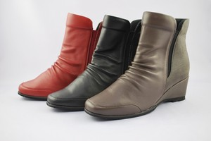 Genuine Leather Combi Design Fastener Short Boots