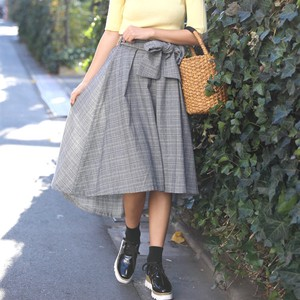 Checkered Cut Flare Skirt