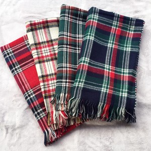 Checkered Large Format Stole Funwari Soft Reversible Type