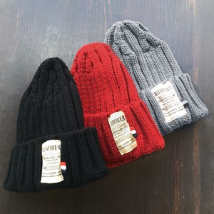 Label Knitted Hat Smallish Color Border Accent