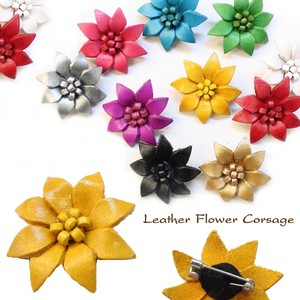 Leather Flower Corsage Type
