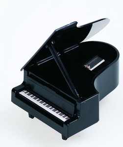 Piano Pencil Sharpener 2 Colors