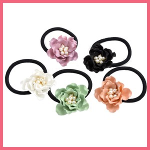 Pearl Mat Antique Flower Hair Elastic