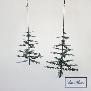 A/W Tinplate Hanging HOLIDAY Tree
