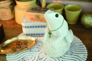 Animal Series Piggy Bank Frog Ornament Piggy Bank
