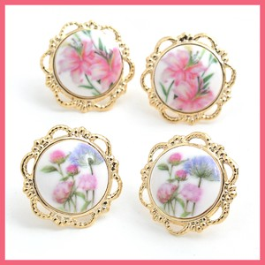 Retro Flower Button Pierced Earring