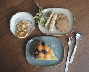HANAtoHAナデ角小皿