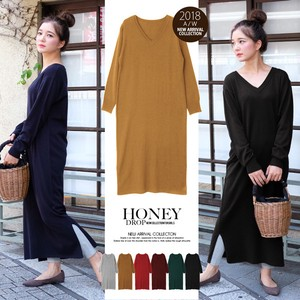 Cashmere V-neck Long Knitted One-piece Dress A/W