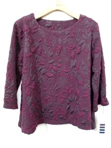 Acrylic Wool Emboss Material Round Neck Pullover