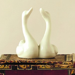 【SALE】【Creative Co-Op Home】リングホルダー スワン,Stoneware Swan Ring Holder, White
