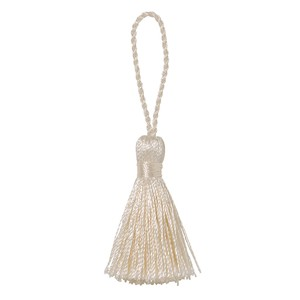 Tassel Cream 8 Pcs