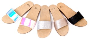 New Color Sandal Narrow Silhouette