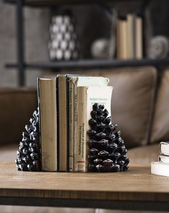 【Creative Co-Op Home】ブックエンド パインコーン,Resin Pinecone Bookends, Set of 2