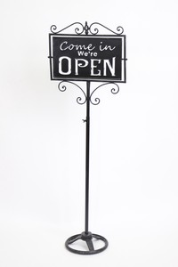 Iron Open Rose Stand