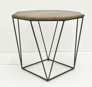 Octagon Design Characteristic Side Table ienowa