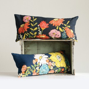 【Creative Co-Op Home】クッション Emily Cotton Cushion w/ Flowers