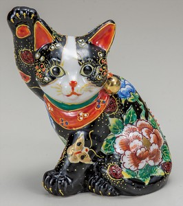 KUTANI Ware Size 5 Sitting sideways Beckoning cat Flower