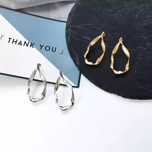 Nuance Deformation Circle Pierced Earring Gold Silver Korea Fashion Modern