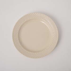 HASAMI Ware Rosemary Plate Ivory Plate