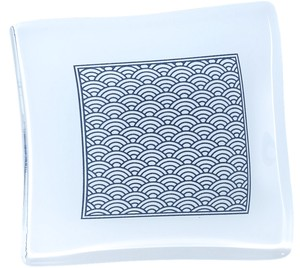 Japanese Pattern Handmade Glass Square Plate Plate Aomi