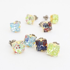 Flare Salty Square Pierced Earring