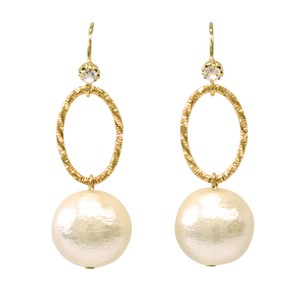 Cotton Pearl Metal Parts Pierced Earring
